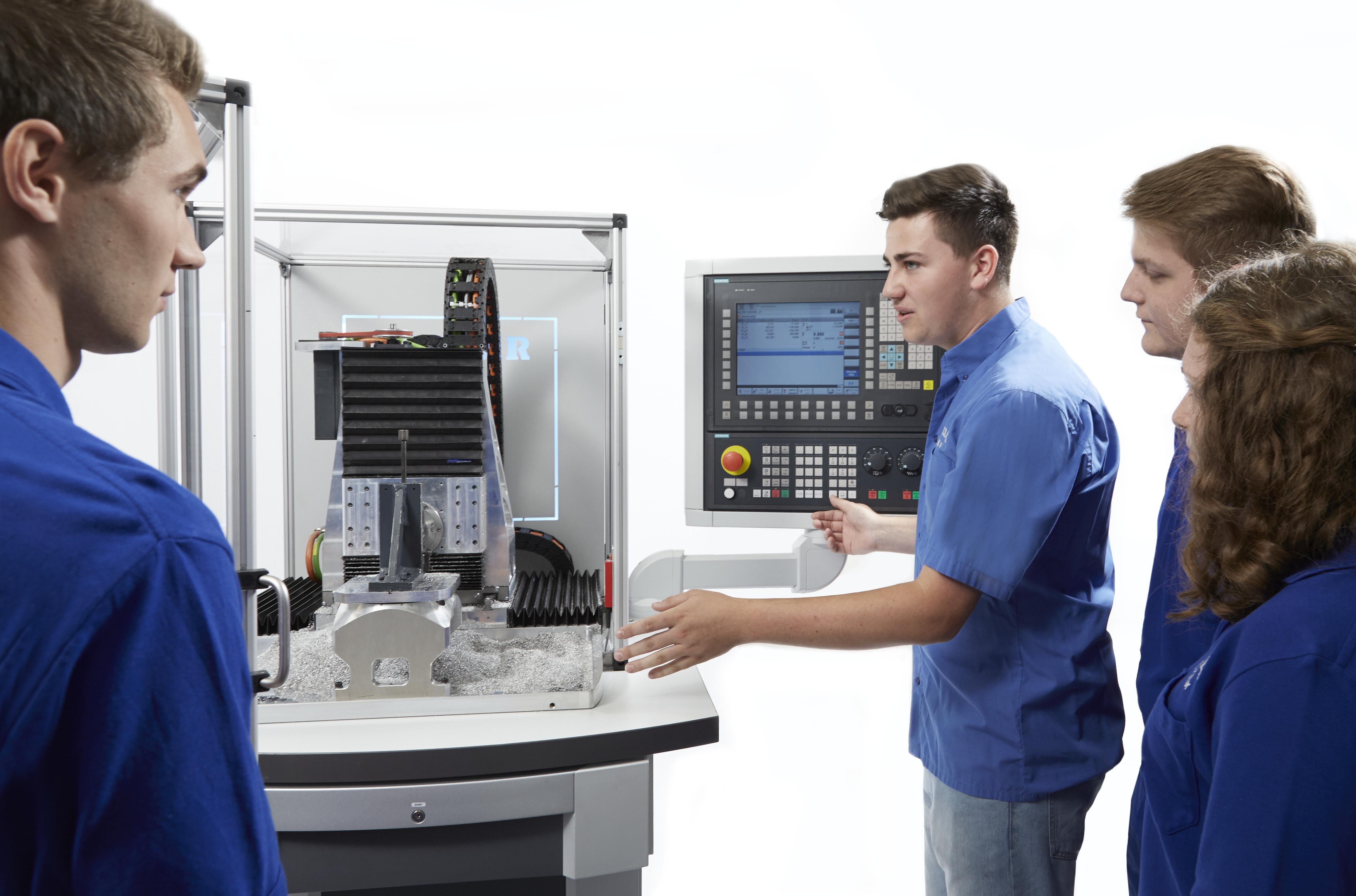 Ausbildungsmaschine Profitrainer, Quelle: Heller