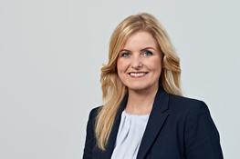 Angelika Smutny, Assistenz Recht, Mitgliedschaft, Symposien, Verein Deutscher Werkzeugmaschinenfabriken e.V. (VDW), Frankfurt/Main, © Uwe Nölke, look@team-uwe-noelke.de, +49 6173 321413, alle Rechte vorbehalten.