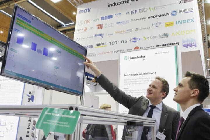 EMO Hannover (18. bis 23. September 2017) - Weltleitmesse der Metallbearbeitung. mav industrie 4.0 area: Experten präsentieren Praxislösungen zur Digitalisierung Ihrer Fertigung (FRAUNHOFER IPA, Halle 25, Stand B60WGP