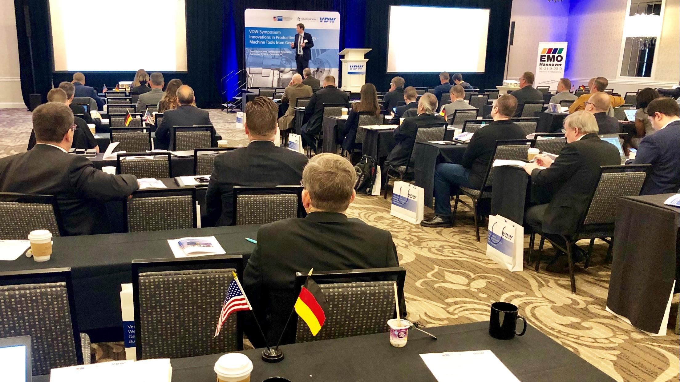 """Erstmals hat der VDW Anfang Dezember ein Symposium """"Werkzeugmaschinen aus Deutschland"""" mit 22 namhaften deutschen Herstellern in den USA organisiert."""