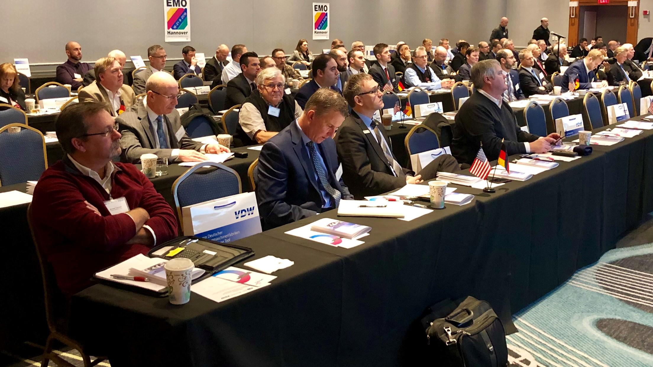 Das VDW-Symposium fand in Detroit, Michigan, dem Herzen der US-Automobilindustrie, und in Charlotte, North Carolina, Standort für Automobil-, Zuliefer-, Flugzeugindustrie, Maschinenbau und Medizintechnik, statt.