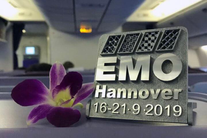 Am 15. Januar 2019 beginnt die EMO World Tour. Sie führt von Asien über Europa und die Amerikas einmal rund um die Welt. Insgesamt sind 39 Pressekonferenzen in 34 Ländern vorgesehen.