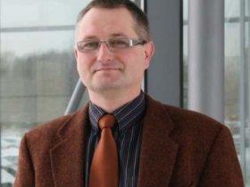 """Thomas Päßler, IWU, Chemnitz: """"Die Echtzeiterfassung wird unentbehrlich, wenn nur mit ihrer Hilfe verhindert werden kann, dass Hardware oder Werkstück Schaden nehmen. Das betrifft beispielsweise Fälle wie Werkzeugbruch oder eine zu hohe Beanspruchung von Baugruppen wie Lagern oder Gestellkomponenten."""" Foto: IWU"""