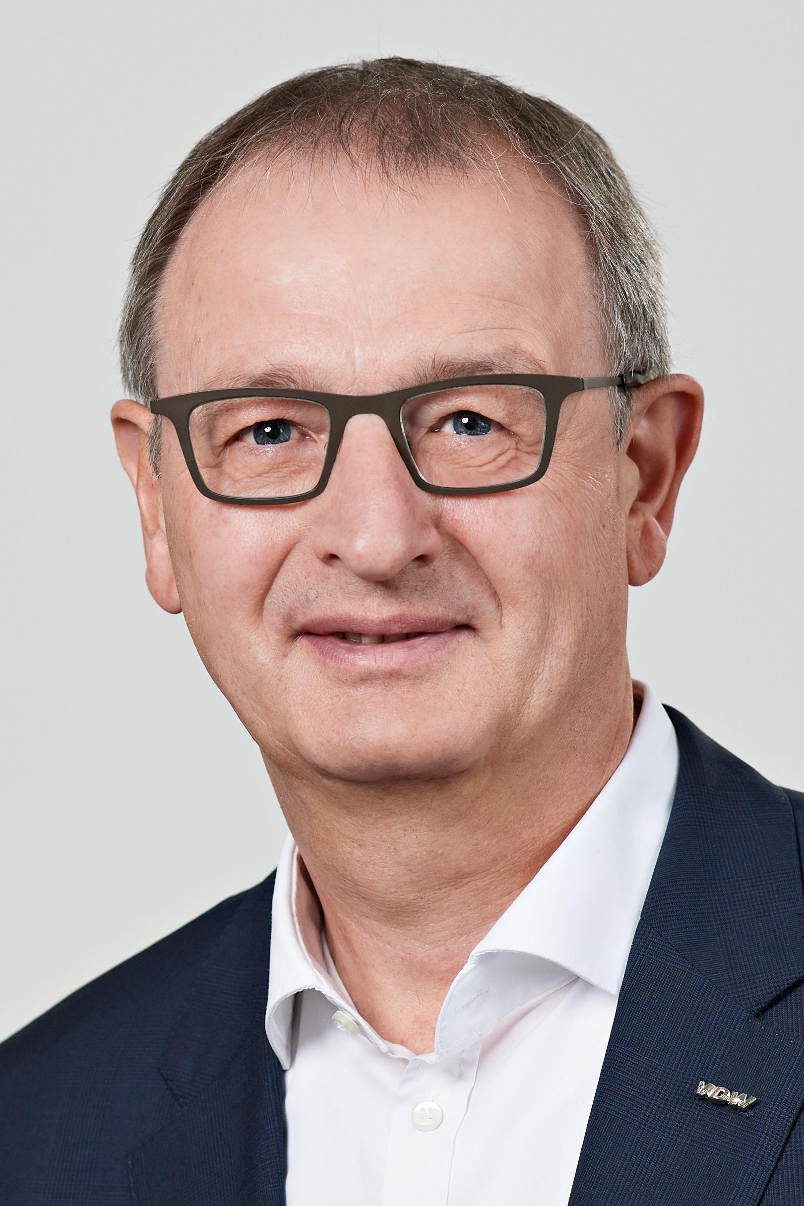 Dr. Wilfried Schäfer, Geschäftsführer des VDW, Frankfurt am Main