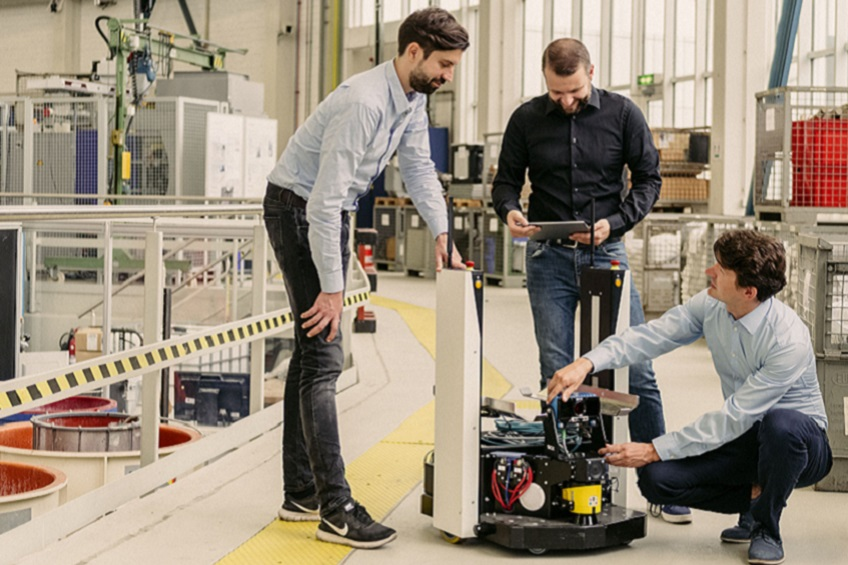 Gestalt Robotics was founded in 2016 by a rocket engineer, a robot expert and a vision expert. from left to right: Dr. Eugen Funk, Thomas Staufenbiel, Dr. Jens Lambrecht.