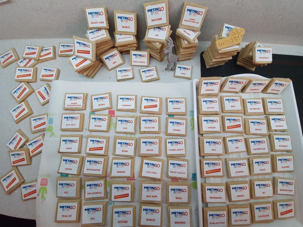 Das Ergebnis: unzählige Standplätzchen, die den Besuchern des VDW in den kommenden Tagen schmecken werden! (Foto: Dr. Stefan Schwaneck)