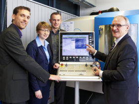 Prof. Dirk Biermann (right), Head of the Institute of Machining Technology (ISF) at the Technical University of Dortmund and member of the German Academic Association for Production Technology (WGP), gives an insight into current developments in metalworking as keynote speaker at the Düsseldorf 2020 Innovation Forum. Photo: TU Dortmund – ISF