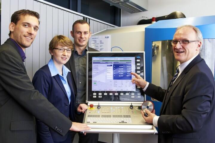 Prof. Dirk Biermann (rechts), Leiter des Instituts für Spanende Fertigung (ISF) an der Technischen Universität Dortmund sowie Mitglied der Wissenschaftlichen Gesellschaft für Produktionstechnik (WGP), gibt als Keynote-Sprecher beim Innovationsforum Düsseldorf 2020 Einblicke in aktuelle Entwicklungen bei der Metallbearbeitung.