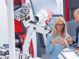 A wide product range, including numerous options for customising and automating the machines, is already being offered by EMCO. Photo: EMCO GmbH